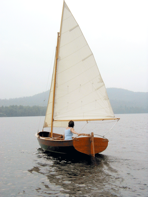Jenny Bennett sails Small