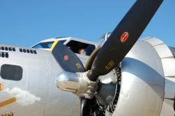 Cockpit + Engine Aluminum Overcast