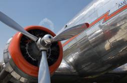 DC-3 2