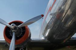 DC-3 4